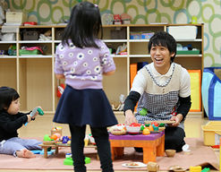 国立大学法人鳥取大学医学部附属病院すぎのこ保育所(鳥取県米子市)の様子