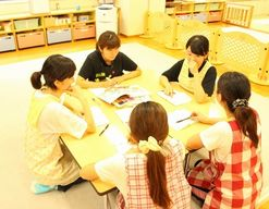 康保会乳児保育所(東京都台東区)の様子
