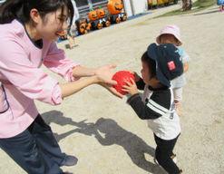 学園まるやま保育園(東京都小平市)の様子