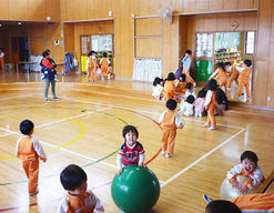 くろとり保育園(新潟県新潟市西区)の様子