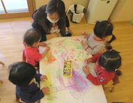 かたばみ保育園(東京都東久留米市)の様子