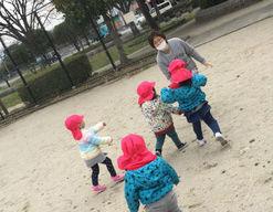 四季のいろ保育園吉塚園(福岡県福岡市博多区)の様子