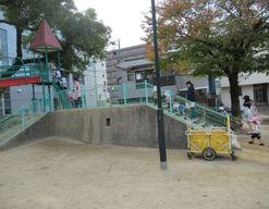 りらっくす保育園(広島県広島市中区)の様子
