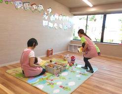 保育所ちびっこランド都筑ふれあいの丘園(神奈川県横浜市都筑区)の様子