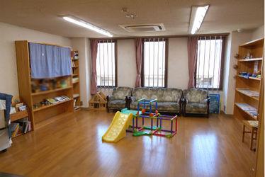 地域子育て支援センター 「おへその広場」(埼玉県越谷市)