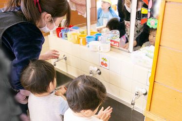 とうよう片倉町保育園(神奈川県横浜市神奈川区)