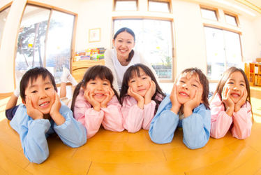 認定こども園さくら学園SEI英語型保育園(栃木県栃木市)