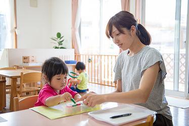 ウィズチャイルド さくらがおか幼保園(東京都多摩市)