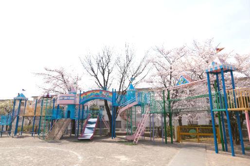 認定こども園 百草台幼稚園(東京都日野市)