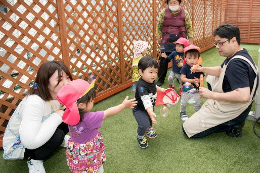 四季のいろ保育園博多園(福岡県福岡市博多区)