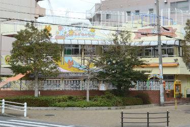 鶴満寺保育所(大阪府大阪市北区)
