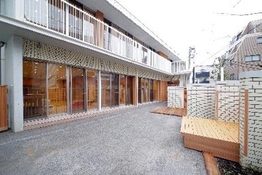 学校法人滋慶学園